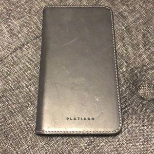 Platinum iPhone 8 Folio Case
